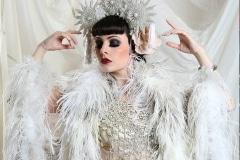 Burlesque-performer-23