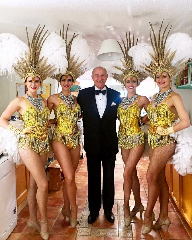 Len Goodman Vegas Show Girls Farm Foods Advert ITV edit